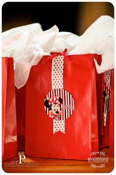 Minnie Mouse Birthday Party Ideas | Photo 7 of 30