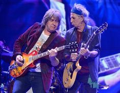 MICK TAYLOR & KEITH RICHARDS  Rolling Stones Guitarists     http://theerollingstones.blogspot.com/2013/05/mick-taylor-and-keith-richards-who-is.html