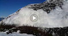 """Visitante Capta o Extraordinário Momento Majestosa Avalanche """"Cai a Seus Pés"""""""