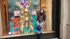 #louisvuitton #milan #italy #girls #fashion http://www.stilettoandredlips.com/