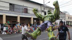 La mayor venta de monigotes en Guayaquil está en la calle 6 de Marzo. Foto: Mario Faustos / EL COMERCIO