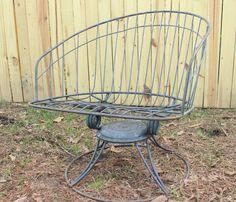VINTAGE PATIO FURNITURE | Lawn Chair Outdoor Paitio Furniture Homecrest Wire Mid Century Retro ...
