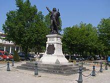 Lons-le-Saunier — Wikipédia