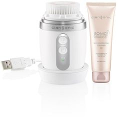 Clarisonic Mia Fit Skin Cleansing System ($219) ❤ liked on Polyvore featuring beauty products, skincare, face care, face cleansers, white, makeup purse, travel kit, make up bag, travel toiletry case and dop kit