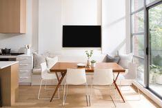 Photos: Space-Saving Techniques Maximize This Gorgeous Designer Condo - Western Living Magazine Kentwood Flooring, Small Condo Decorating, Decorating Ideas, Tv In Kitchen, Kitchen Living, Condo Living Room, Modern Condo, Small Room Design, Small Dining