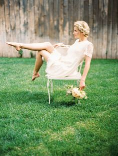 love her pointed toes and her relaxed pose. / credit: ciara richardson photography  tinge floral design