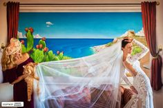 Wedding Photography Contest Winner - 1st Place: Humor - Fabio Mirulla Photographer Photography Contests, Photography Business, Wedding Photography, Best Wedding Photographers, Destination Wedding Photographer, 1st Birthday Gifts, Wedding Humor, Industrial Wedding, Photo Contest