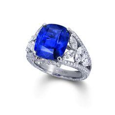 GR24954 Cush Sapphire ring