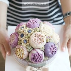 Buttercream Flowers Cake-I just can't even xX Gorgeous Cakes, Pretty Cakes, Cute Cakes, Amazing Cakes, Korean Buttercream Flower, Buttercream Flower Cake, Peony Cake, Fondant Flowers, Super Torte