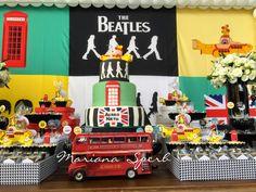 Olha que perfeição esta Festa Beatles!!Venha se apaixonar por esta decoração encantadora.Imagens Mariana Sperb.Lindas ideias e muita inspiração.Um fim de semana maravilhoso para todo mundo.Bj...