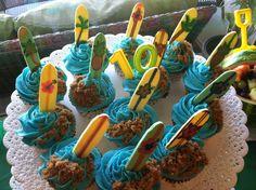 Teen Beach Movie cupcakes! Birthday Bash, Birthday Parties, Birthday Ideas, Teen Beach Party, Movie Cupcakes, Cake Decorating Designs, Cupcake Bakery, Movie Party, Happy Birthdays