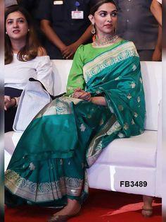 Deepika Padukone New HD Wallpapers & High-definition images Indian Attire, Indian Wear, Indian Style, Indian Dresses, Indian Outfits, Deepika Padukone Saree, Moda Indiana, Deeps, Soft Silk Sarees