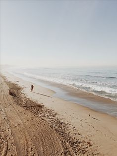 Here's yet another gorgeous photo of the Santa Monica shore line. #travel #vacation #destination