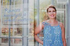 9 kuukautta 08/2013 Kuvassa Second Chansen mekko ja HienoStellan korvakorut.