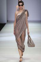 Giorgio Armani - Semana de la moda New York, -con toques de Inspiración de Grecia
