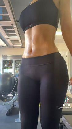 Kendall Jenner Workout, Kardashian Workout, 6 Pack Workout, Monday Workout, Fitness Inspiration Body, Workout For Flat Stomach, Chill Outfits, Fit Motivation, Bikini Bodies