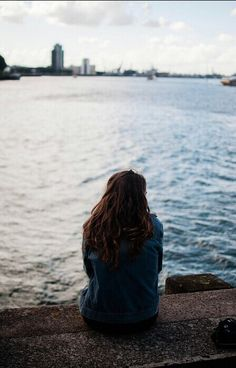 Imagen de girl, sea, and alone