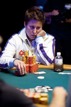 Vanessa Selbst at WSOP 2012