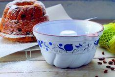 Bábovky ako od babičky - Žena SME Tableware, Basket, Dinnerware, Tablewares, Dishes, Place Settings