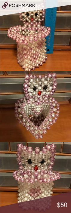 Cute Kitty Heart Shape Makeup Brushes Holder New New kitty heart shape brushes holder  Custom made. new Good for makeup brushes or anything you want to put in there. Makeup Brushes & Tools