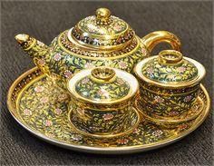 Ma-Toom Duo cups Tea Set [GB2] - 2,736Baht : Thai Benjarong shopping for home docorative, gift and souvenir, Benjarong.Net