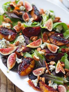 This balsamic roasted peach and fig salad with bacon and blue cheese recipe was inspired by my trip to Lodi California with the Almond Board of California! Packed with summer produce and California blue cheese, it's an ode to harvest season. Simple Side Salad Recipe, Side Salad Recipes, Fig Recipes, Bacon Recipes, Veggie Recipes, Italian Recipes, Healthy Recipes, Waffle Recipes, Burger Recipes