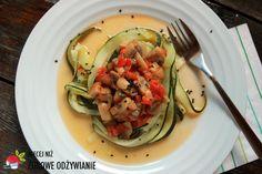 Warzywne spaghetti bezglutenowe i bezmięsne, przepisy wegetariańskie, witaminy, lekkostrawny, błonnik, pieczarki, zdrowe odżywianie, zdrowy tryb życia.