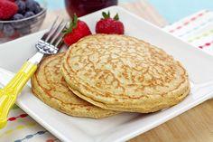 Perfect Pancake Duo Recipe | Hungry Girl Skinny Recipes, Ww Recipes, Snack Recipes, Cooking Recipes, Healthy Recipes, Snacks, Healthy Meals, Healthy Breakfasts, Healthy Eating