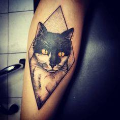 #cattattoo #blackandwhite  #animalstattoo  El gatito de Nacho! Gracias por confiar nuevamente en mi trabajo.