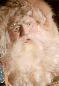 Close up of the candy container fur Santa.  Absolutely love this face, one of my favorites!