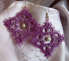 Orecchini viola al chiacchierino, perla argentata di Piccoli Capricci di Mara su DaWanda.com