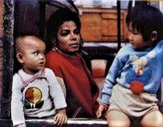 Mike ♥ with some lovely children.