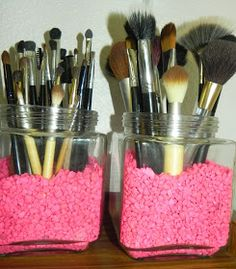 TheFabZilla: DIY: How to clean makeup brushes