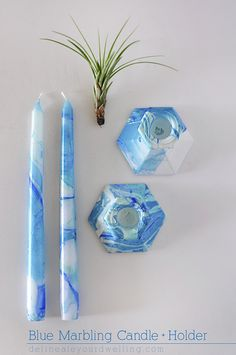 Fun Monochromatic Blue Marbling Candle + Holder DIY! And this could be done in any color. Delineateyourdwelling.com