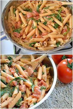 Creamy Tomato & Spinach Pasta | Foodiboum
