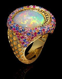 Mousson Atelier, collection New Age - Honeycombs, Yellow gold 750, Opal, Multicolored sapphires