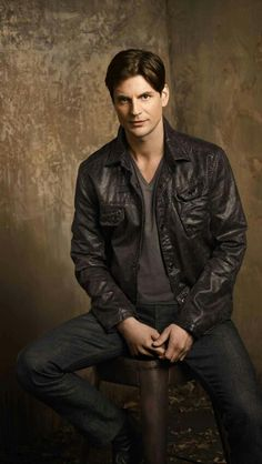 """The Secret Circle Gale Harold as """"Charles Meade"""" Gale Harold, Celebrity Gallery, Celebrity Pictures, Celebrity Crush, John Blackwell, Randy Harrison, Brian And Justin, Brian Kinney, Queer As Folk"""