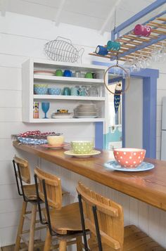 Jane Coslick Cottages : Thinking Colors,Barstools, Fabrics and Porches…..The Next step...