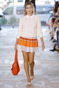 c152dfbc51cb Tory Burch Spring 2017 Ready-to-Wear Collection Photos - Vogue Fashion 2017