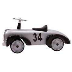 Speedster-potkuauto on täydellinen syntymäpäivälahja yli vuoden ikäisille lapsille. Potkuauto tulee ranskalaiselta Bagheralta.