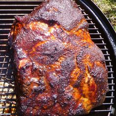 """Bob's Pulled Pork on a Smoker I """"I have used this recipe twice and loved it! It honestly was the best pulled pork that I have ever had.our dinner guests agreed! Smoked Pulled Pork, Pulled Pork Recipes, Grilling Recipes, Cooking Recipes, Roast Recipes, Yummy Recipes, Dinner Recipes, Yummy Food, Smoked Pork Shoulder"""
