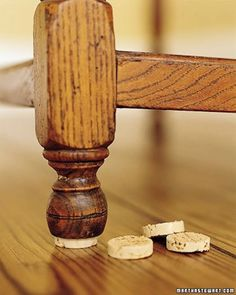 Here are the Diy Wine Cork Hacks. This article about Diy Wine Cork Hacks was posted under the Furniture category. Wine Cork Art, Wine Cork Crafts, Bottle Crafts, Crafts With Corks, Recycled Crafts, Home Hacks, Diy Hacks, Wine Cork Projects, Recycling Projects