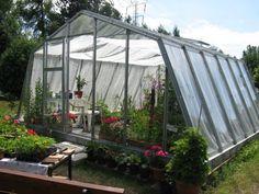 Proponujemy polskie szklarnie ogrodowe w różnych rozmiarach. Polski produkt to gwarancja dobrej jakości. Prezentujemy szklarnię ADELA  http://www.sklep.gardenplanet.pl/pl/gp/product_details/292/623/szklarnie_ogrodowe___adela___szklarnia.html