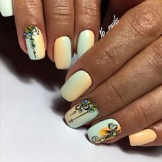 Popular Nail Designs, Fall Nail Designs, Feather Nail Art, Spring Nail Trends, Toe Designs, Finger, French Tip Nails, Cool Nail Art, Diy Nails