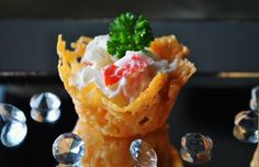 The Belgium Foodie: Parmesan cups make for simple canapes Appetizers For Party, Appetizer Recipes, Appetisers, Yummy Snacks, High Tea, Brunch, Food And Drink, Cooking Recipes, Favorite Recipes