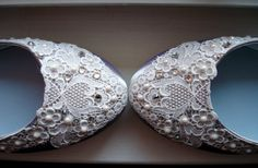 beautiful lace and pearl flats