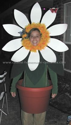 Homemade Flower Costume Diy - Coolest Homemade Flower Costume Ideas Flower Costume Blossom Diy Flower Costume C R A F T Homemade Diy Halloween Flower Pot Costume Very Affordable An. Holidays Halloween, Halloween Crafts, Holiday Crafts, Halloween Decorations, Diy Flowers, Flower Pots, Flower Basket, Flower Pot Costume, Costume Fleur