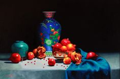 Vicki Sullivan is an Australian Painter who works on Potraits, Landscapes and Still Life using Tonal Realistic technique. Contact to commission a portrait. Australian Painters, Australian Artists, Modern Portraits, Still Life Art, Realism Art, Contemporary Artists, Art Photography, Art Gallery, Vase