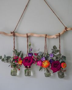 We love how has made the most of these blooms. Transfer your longer lasting stems into smaller vases to create beautiful… Driftwood Wall Art, Driftwood Crafts, Diy Crafts To Do, Home Crafts, Upcycle Home, Bloom And Wild, Room Wall Painting, Diy For Girls, Diy Birthday