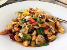 Chicken with cashew nuts stir fry - an old favourite - Lunch at Anantara Resort in Hua Hin - Yummy Thai food!